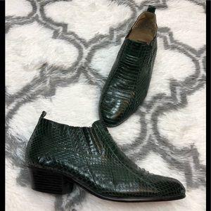 Giorgio Brutini Green Snakeskin Ankle Boots 9.5 M